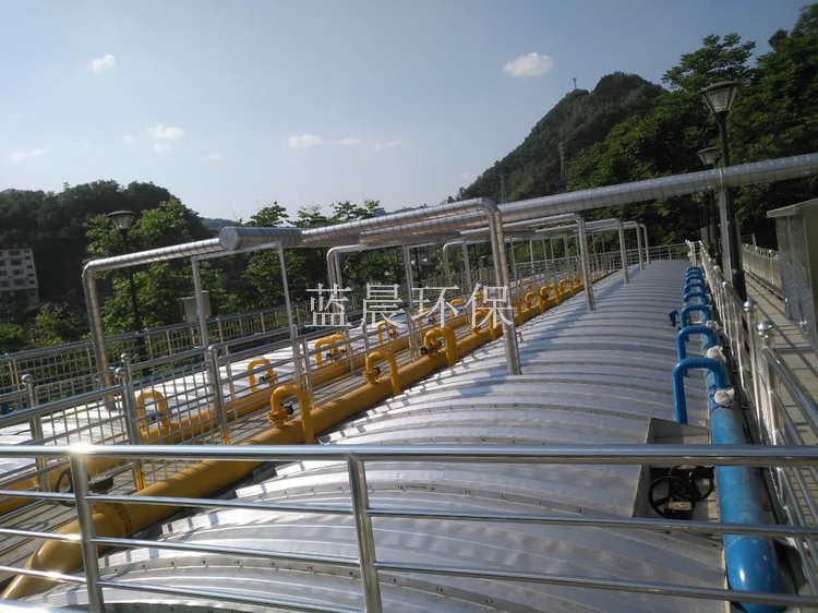 不锈钢拱形盖板在污水池加盖除臭中的成本分析